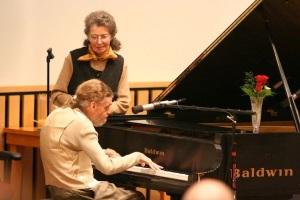 Leslie Lemke aos 14 anos tocou, com perfeição, o Concerto nº 1 para piano de Tchaikovsky, depois de ouvi-lo pela primeira vez enquanto escutava um filme de televisão. Lemke jamais tinha tido aula de piano, é cego, mentalmente incapacitado e tem paralisia cerebral.